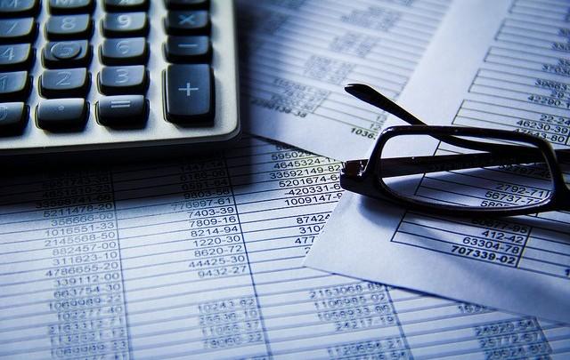 ¿Haciendo ya la declaración de la Renta?: 5 seguros que te ayudan a pagar menos IRPF
